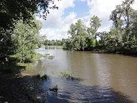 Candé-sur-Beuvron (Loir-et-Cher) confluence Beuvron-Loire.JPG