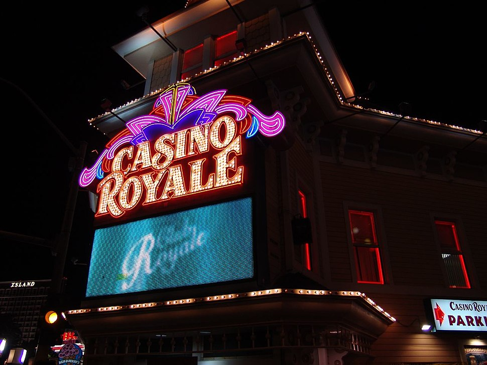 Casino Royale %26 hotel