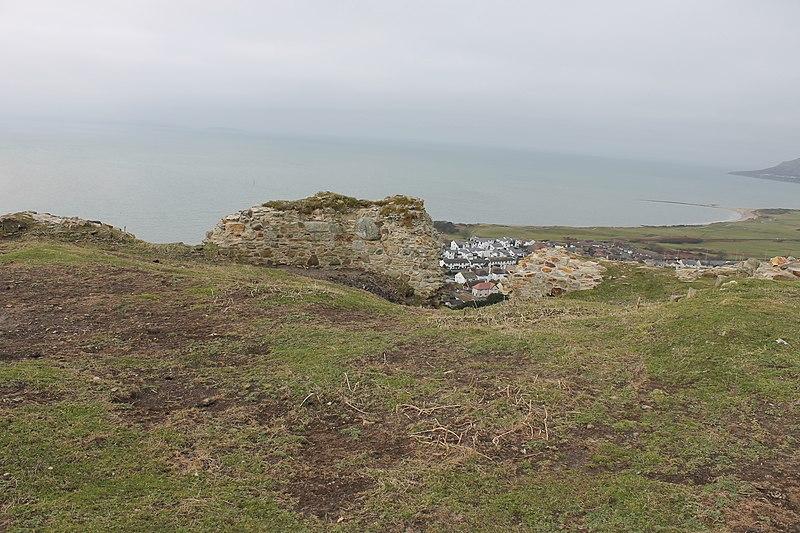File:Castell Degannwy Deganwy Castle Sir Ddinbych Wales 70.JPG