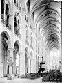 Cathédrale Notre-Dame - Nef vue de l'entrée - Noyon - Médiathèque de l'architecture et du patrimoine - APMH00028792.jpg