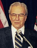 Cecil Underwood 1998 (cropped).jpg