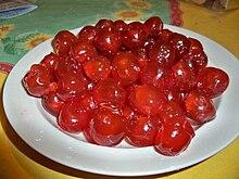 Засахаренная вишня из Апта