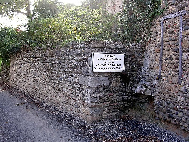 File:Château athos aspis 3.JPG