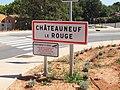 Châteauneuf-le-Rouge-FR-13-panneau d'agglomération-a2.jpg