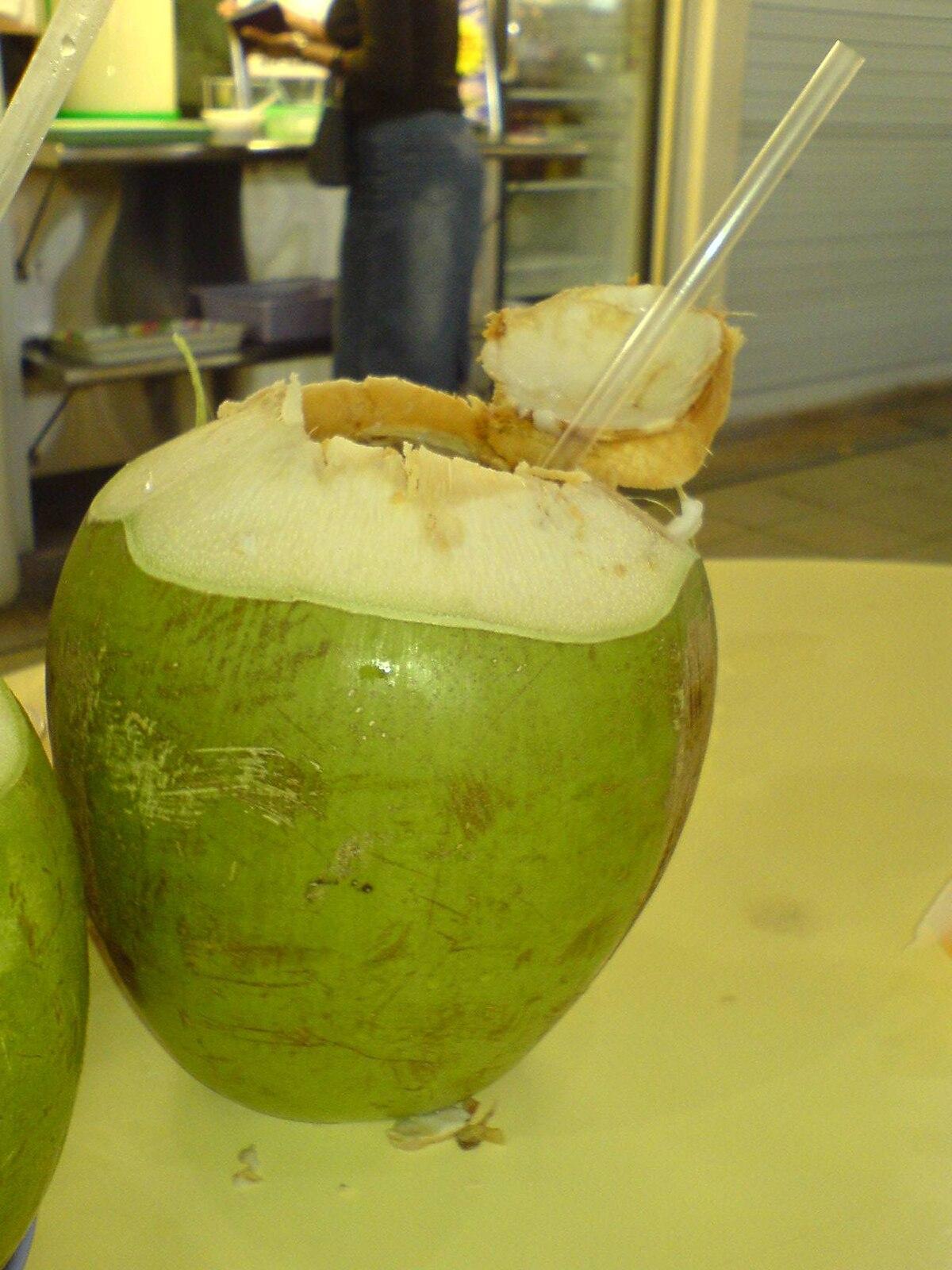 para que sirve el agua de coco en embarazo