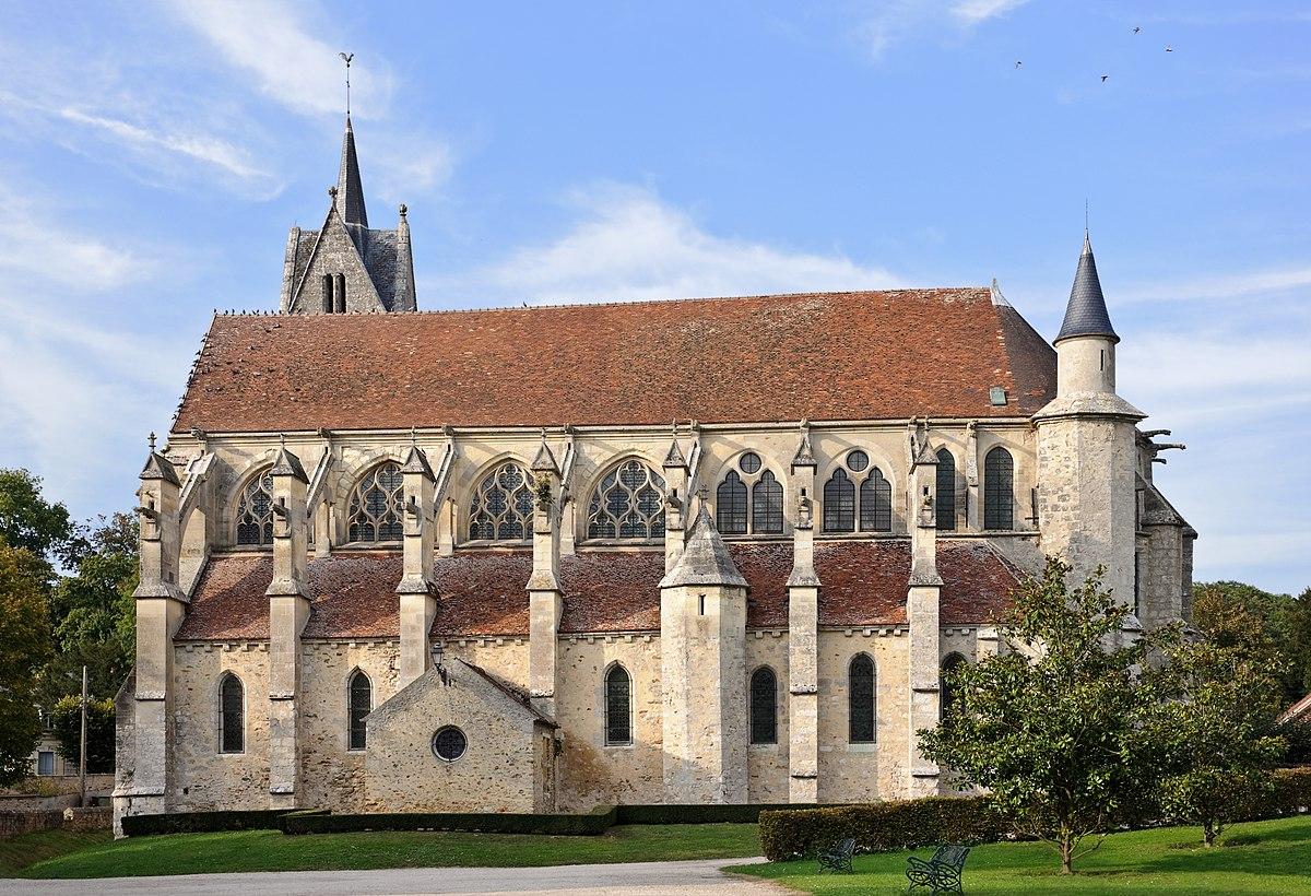 Eglise Crécy la chapelle GR1