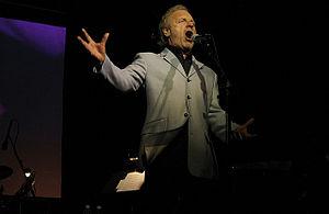 Colm Wilkinson - Wilkinson performing in 2007 in Ontario Canada