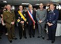 Comandantes de las FF.AA y Carabineros con Piñera.jpg