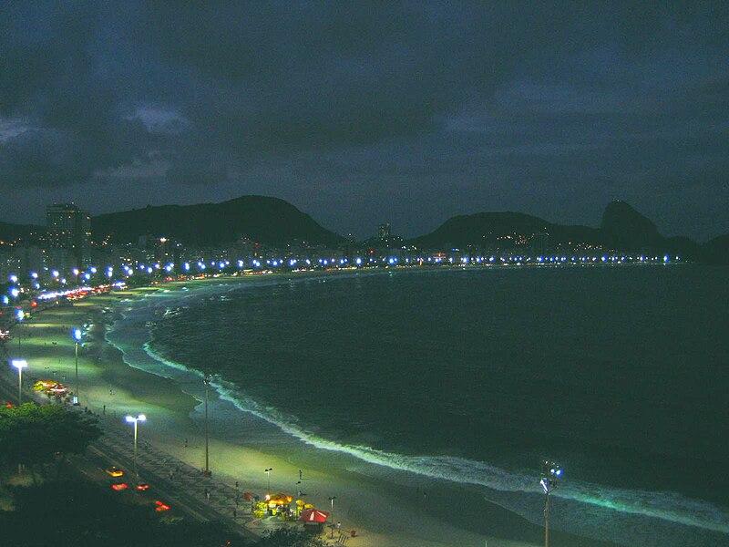 File:Copacabana Beach Rio de Janeiro at Dawn 2009-04.JPG