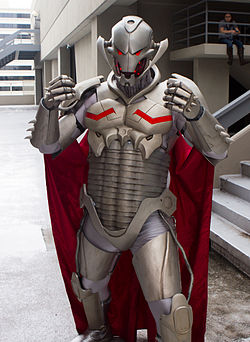 Cosplay du robot Ultron.