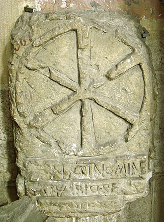 IX monogram - Image: Cover of Merovingian sarcophagus Musee de Saint Germain en Laye