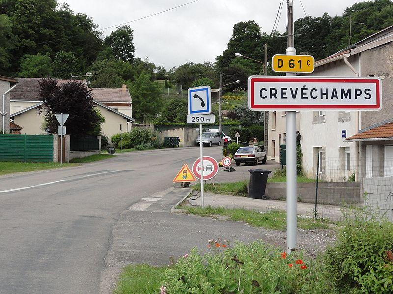 Crévéchamps (M-et-M) city limit sign