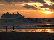 Nicaragua-Tourism-Crucero en San Juan