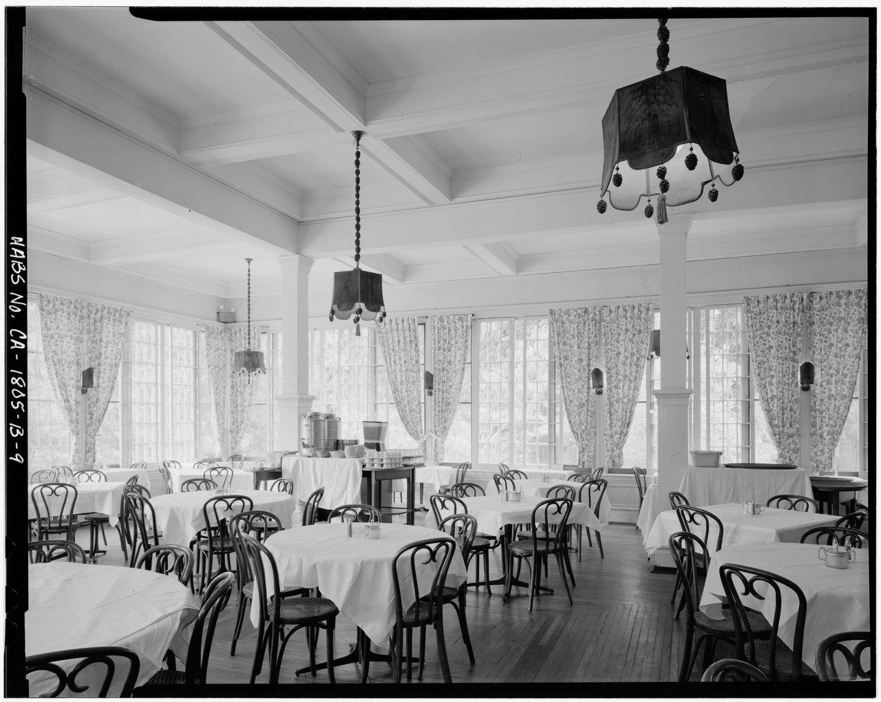Congress Hotel Room