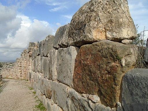 Tiryns: Zyklopenmauer der Oberstadt (UNESCO-Welterbe in Griechenland), ΤΙΡΥΝΘΑ