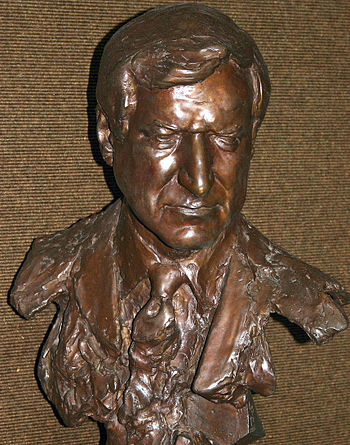 Dean Smith Bust at the University of North Car...