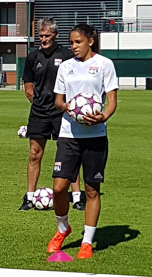 Delphine Cascarino - Cascarino training with Olympique Lyon in 2016