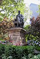 "Denkmal für William Seward, den ""Käufer Alaskas"", am Medison Square - panoramio.jpg"