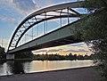 Dillingen Eisenbahnbrücke.jpg