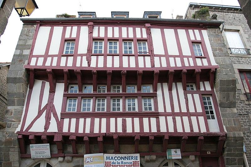 File:Dinan - 6 rue Haute-Voie 01.JPG Исторические памятники Динана, достопримечательности Динана, фотографии Динана