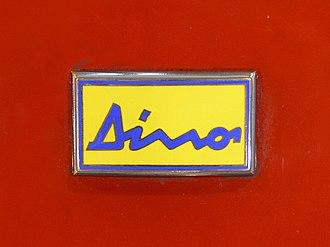 Dino (automobile) - Image: Dino badge