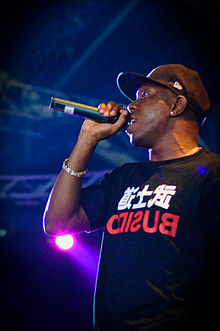 Description de l'image  Dizzee Rascal - Ilosaarirock 2009 2.jpg.