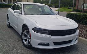 Dodge Charger 2015.jpg