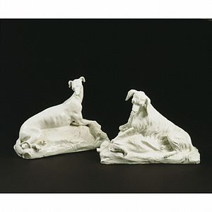 Chelsea porcelain factory - Dogs, about 1749, Chelsea Porcelain factory (V&A Museum) no. C.246A-1976