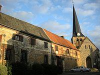 Doyenne et église.JPG