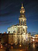 Dresden Hofkirche abends (2005).jpg