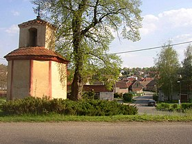 Dretovice CZ central part with chapel.JPG