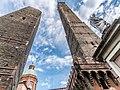 Due Torri di Bologna Asinelli e Garisenda.jpg
