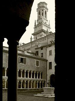 Duomo, cloister