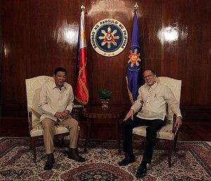 Presidential transition of Rodrigo Duterte - Image: Duterte and Aquino in Malacañang 063016