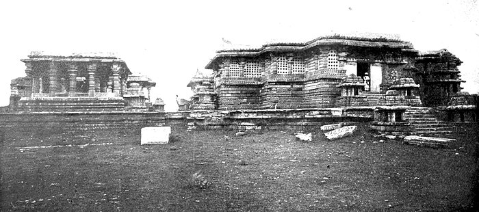 EB1911 Indian Architecture - Great Temple at Halebid.jpg