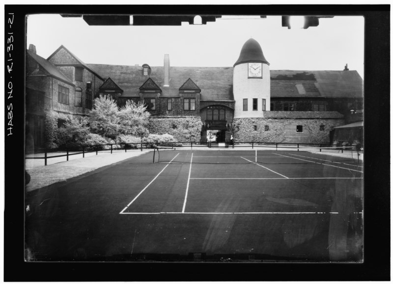 File:ENTRANCE FROM INTERIOR COURT, LOOKING SOUTH Copy photograph of photogrammetric plate LC-HABS-GS05-1-907L. - Newport Casino, 186-202 Bellevue Avenue, Newport, Newport County, RI HABS RI,3-NEWP,39-21.tif