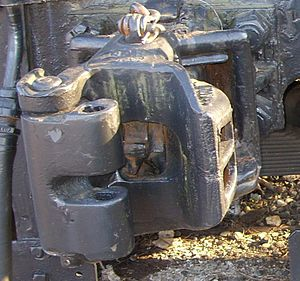 South African Class 18 2-10-2 - Transition era knuckle coupler