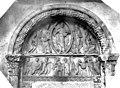 Eglise Sainte-Croix-Notre-Dame - Portail du clocher, côté ouest. Tympan - Christ bénissant, Adoration des mages, Présentation au Temple - Charité-sur-Loire (La) - Médiathèque de l'architecture et du patrimoine - APMH00000744.jpg