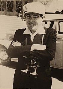 Ephraim Erde with his camera in the 1930s.jpg