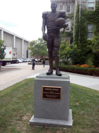 Ernie Davis - Statue of Ernie Davis, located in Syracuse University Quad