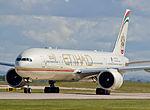 Etihad Airways, Boeing 777-3FX(ER), A6-ETP (17976849083).jpg