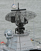 F218 Mecklenburg-Vorpommern Radarantenne.jpg