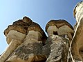 Fairy Chimneys - panoramio (3).jpg