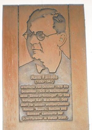 Hans Fallada - Bronze plaque of Fallada.