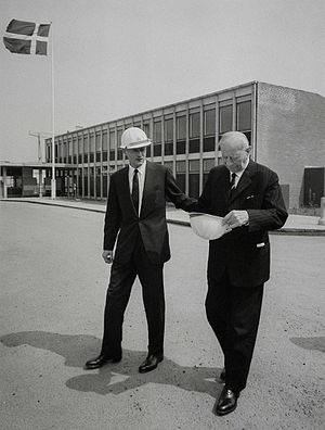 Arnold Peter Møller - A.P. Møller with his son Mærsk Mc-Kinney Møller (left) in Denmark, 1962.