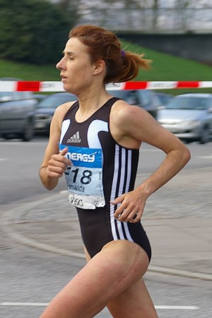 Fernanda Ribeiro - Ribeiro at the 2006 Hamburg Marathon
