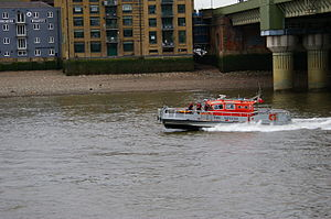 Fire boat in London near Cannon Street bridge.JPG