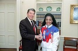 Ontvangst door President Reagan in The Oval Office op 24 oktober 1988.