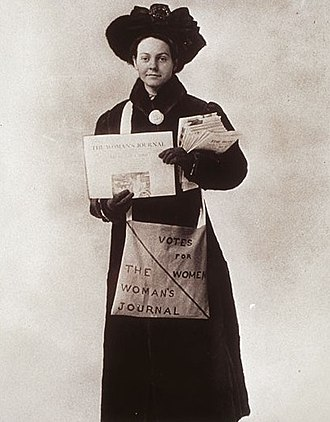 Florence Luscomb - Florence Luscomb selling The Woman's Journal, 1911