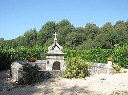 Fontaine-st-roch-et-enclos.JPG